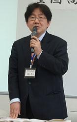高校NIE活動の裾野拡大を訴える稲井さん